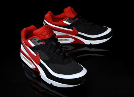 Nike – Air Classic BW Rot/Schwarz/Weiß – MZEE.com Blog
