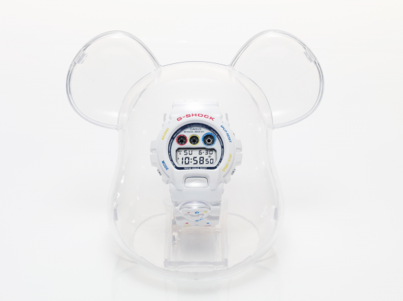 Casio G-Shock Bearbrick Watch 01